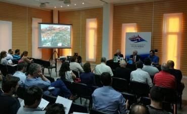Exitosa conferencia sobre innovación y emprendedorismo en América Latina
