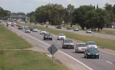 La Autopista y rutas bonaerenses sin camiones por el fin de semana largo
