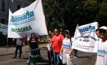 Tras los incidentes en La Plata, el Senador Jáuregui repudió acciones antidemocráticas