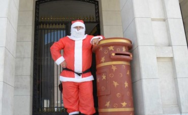 Papá Noel recibe cartitas hasta el viernes