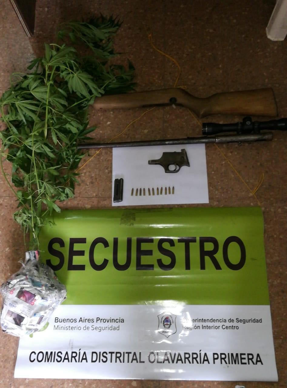 Secuestro de un arma de fuego y Marihuana