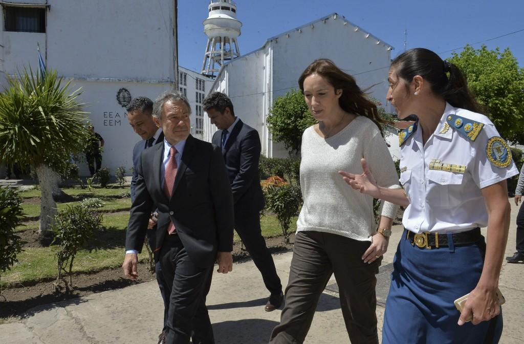 Vidal visitó los talleres de trabajo de la unidad penitenciaria de Olmos