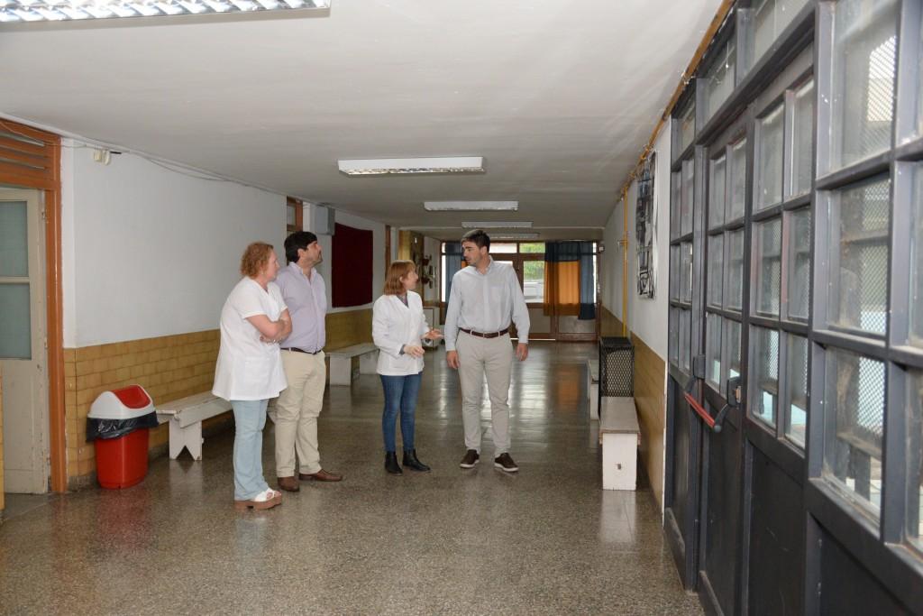 El intendente Galli visitó la Escuela Primaria Nº 59