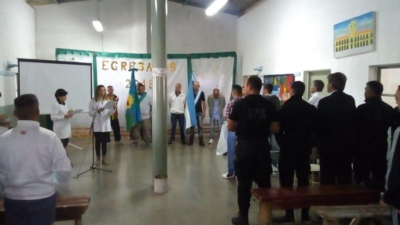 Casi trescientos internos pasaron por las aulas en las cárceles de Sierra Chica