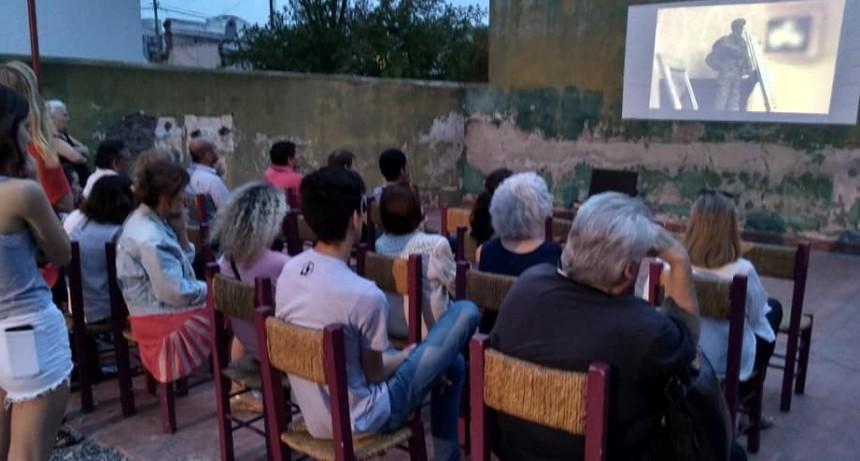 La UCR de Olavarría realizó la jornada '35 años de democracia'