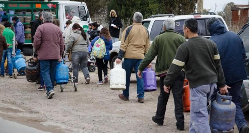 Unidad Ciudadana llevó adelante el último operativo de venta de garrafas del año