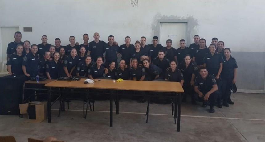 Personal de la Unidad 38 capacitó a futuros policías