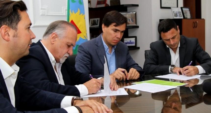 """La provincia lanzó el programa """"Mar de beneficios"""", con descuentos para turistas que visiten Mar del Plata"""