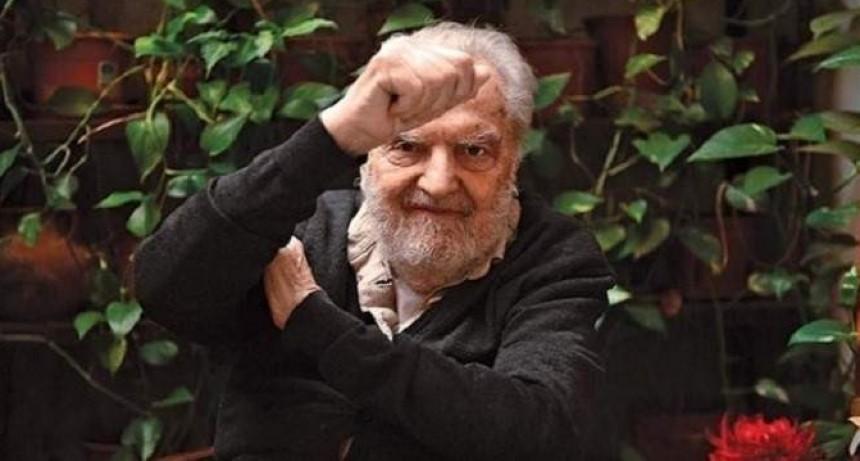 Murió Osvaldo Bayer, periodista, escritor, historiador y uno de los más respetados intelectuales argentinos
