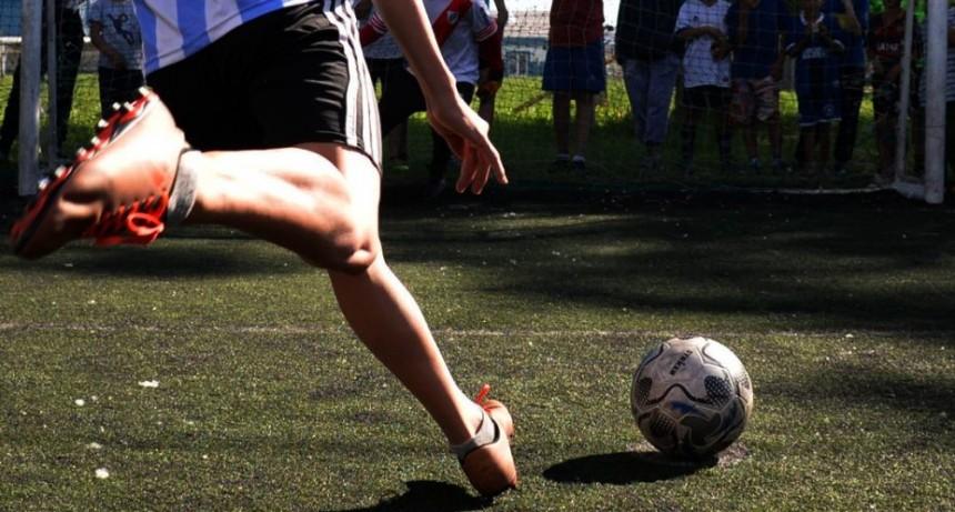 Domingo de fútbol solidario en El Fortín