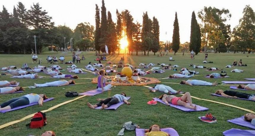 En Olavarría se realiza el 8º Saludo al Sol