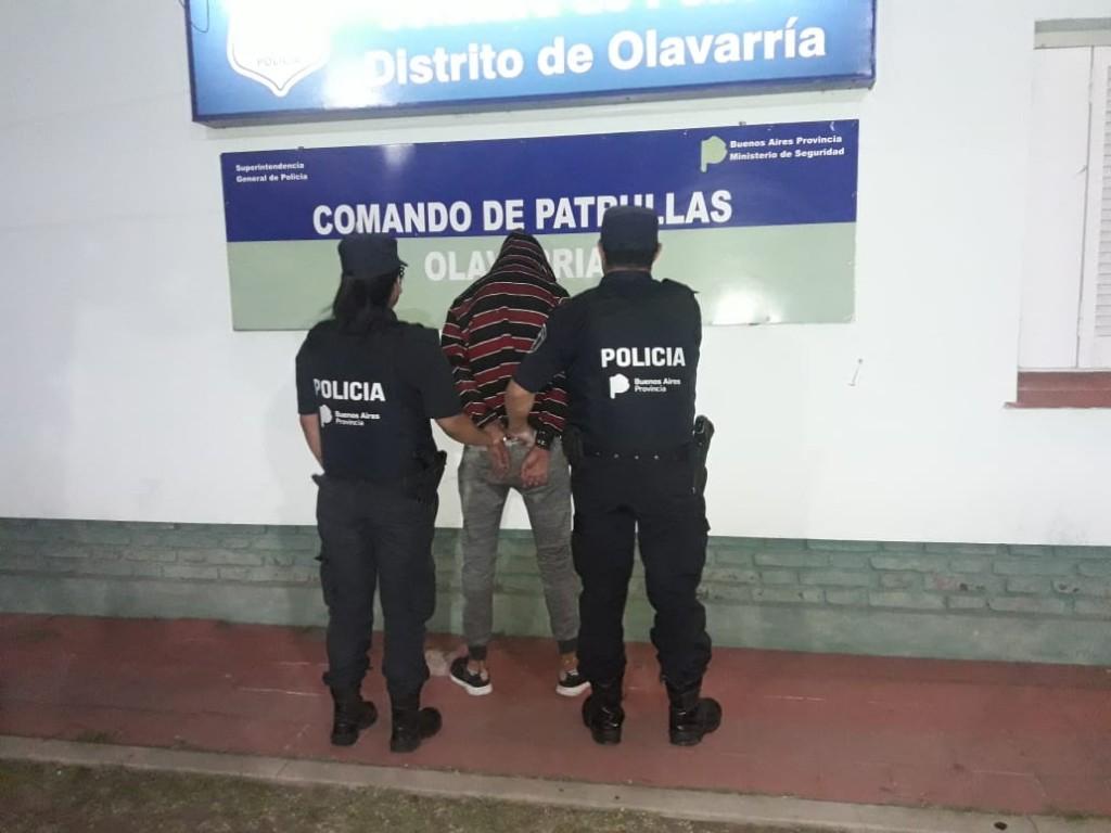 Un detenido acusado por robo