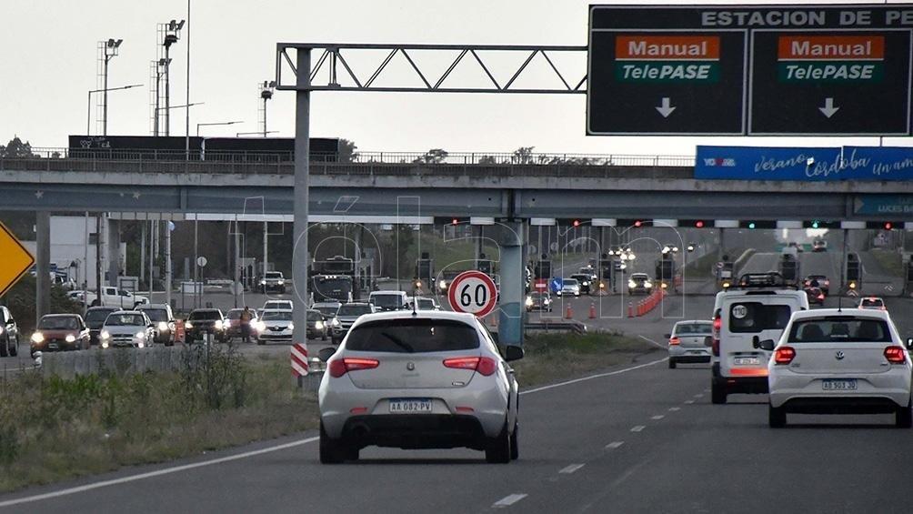 Comenzó el testeo a turistas y a residentes que regresan a la ciudad de Buenos Aires luego de tres días