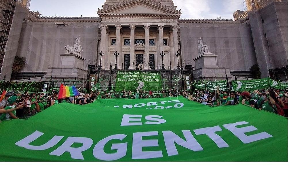 Diputados emitió dictamen de mayoría sobre el proyecto de legalización del aborto