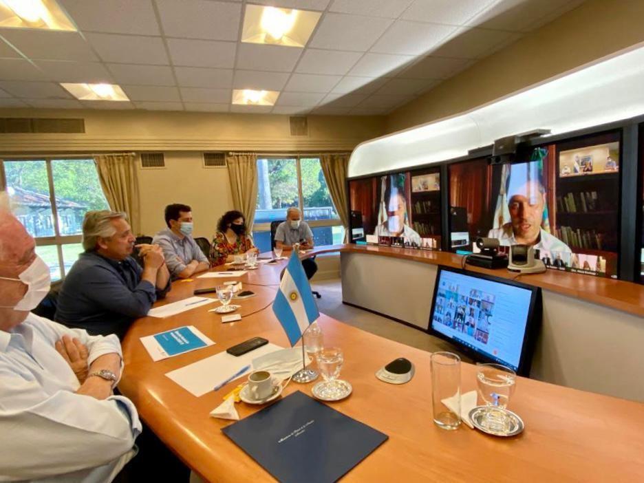 Casa Rosada: El martes comienza la campaña de vacunación en todo el país