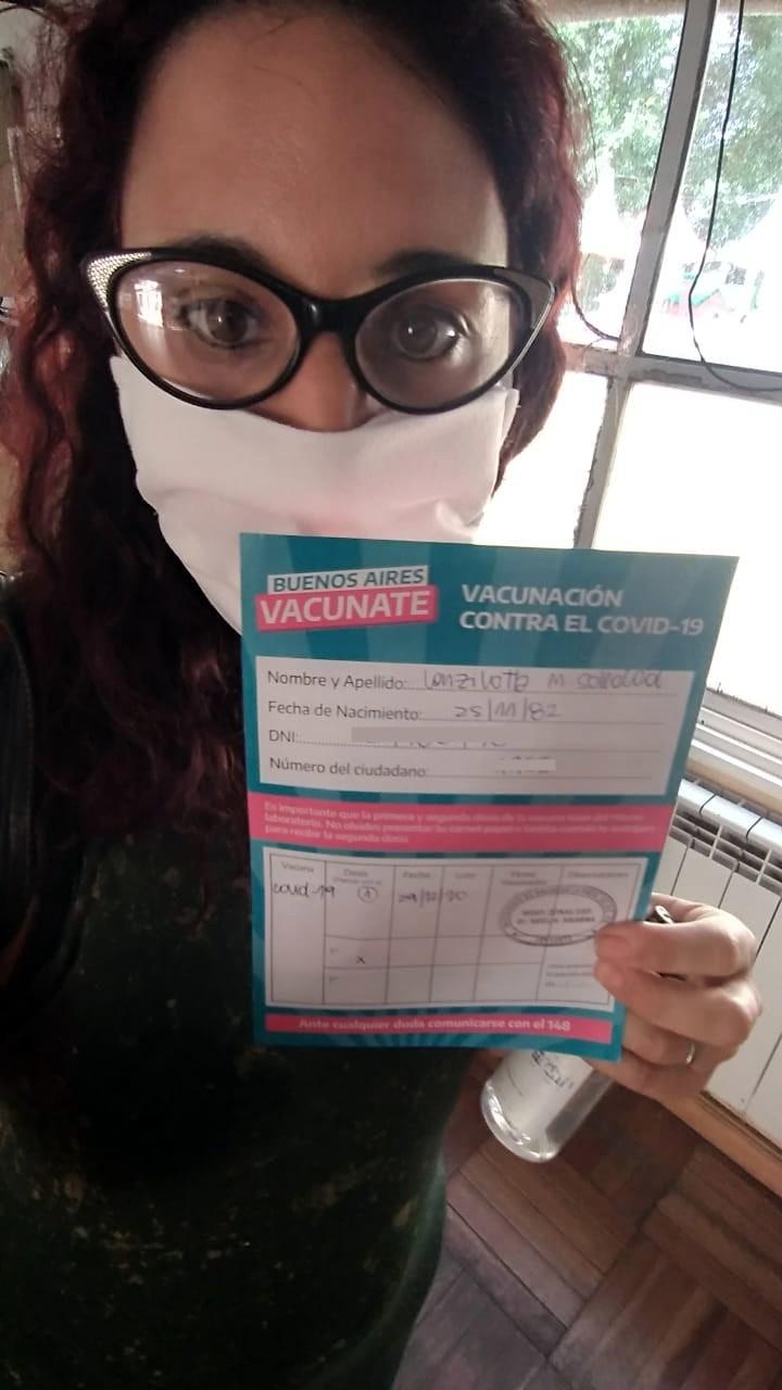 Una olavarriense fue la primera vacunada en La Plata