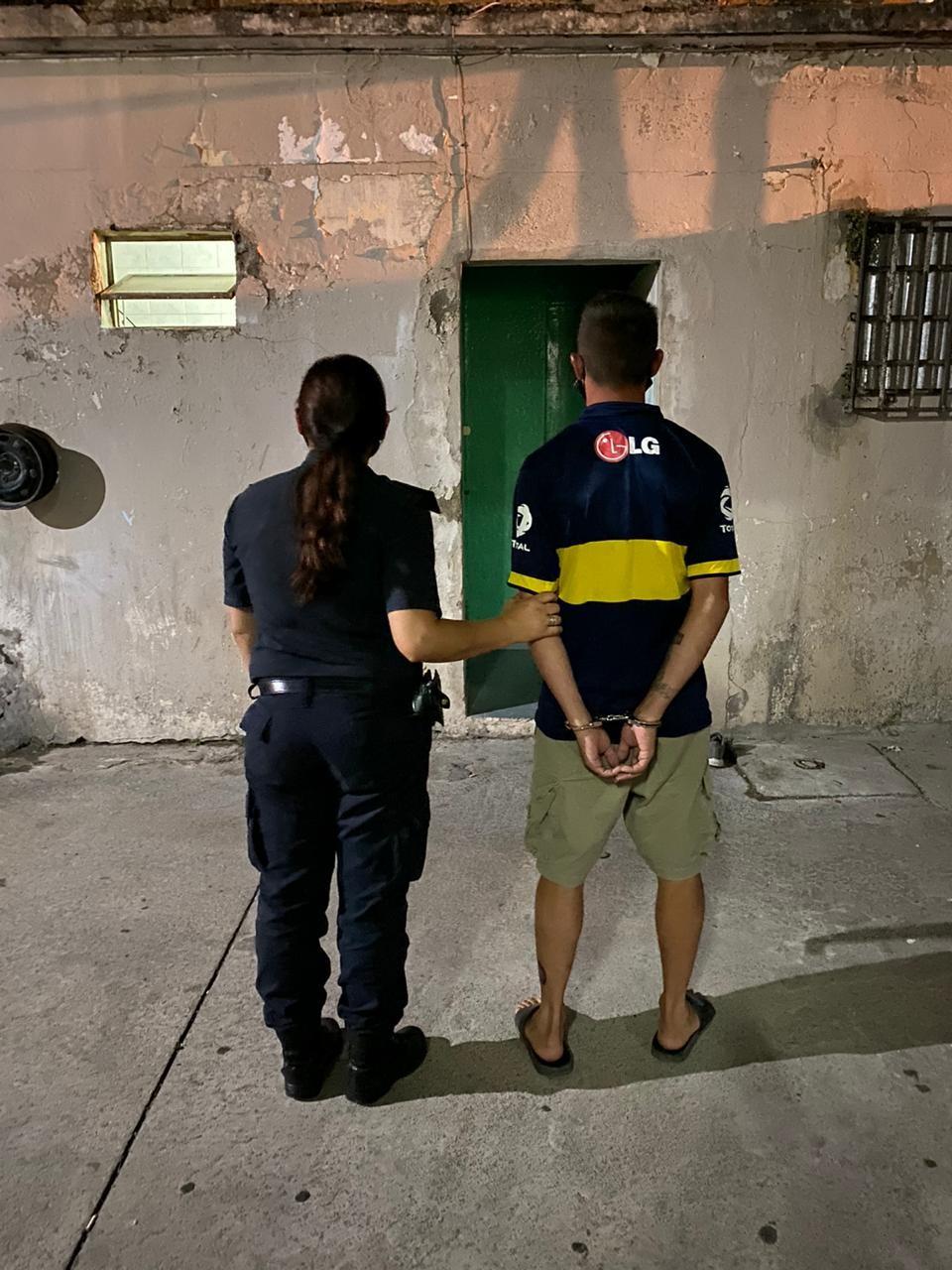 Un detenido acusado por venta de estupefacientes