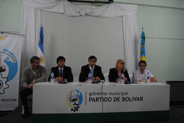 Bolivar-Eduardo Bucca recibió un aporte del Banco Nación para reformar la Guardia del Hospital