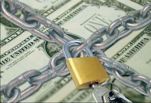 Dólares y viajes: Desmienten complicaciones en las salidas al exterior