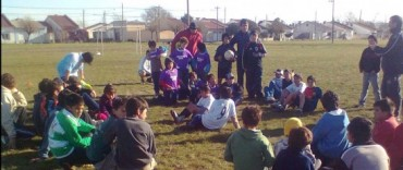 Se realizaron actividades deportivas y recreativas para todas las edades en los barrios
