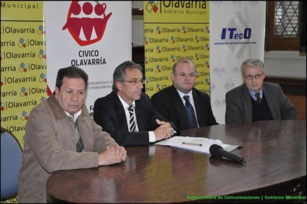 El Intendente José Eseverri firmó, con la Fundación Loma Negra, convenios de capacitación laboral y prevención en seguridad vial