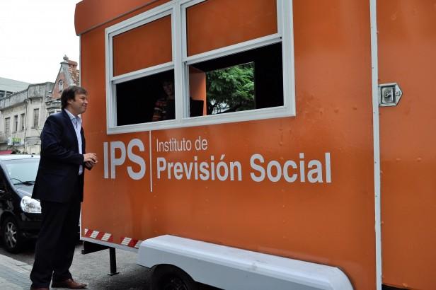 La provincia presentó una oficina móvil para realizar trámites previsionales