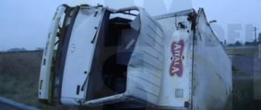 Un camionero olavarriense protagonizó un accidente en Pehuajó