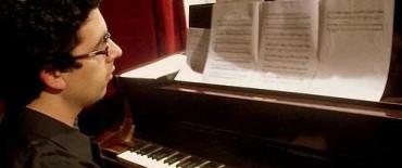 Jesús Cañete presentó el fin de semana su obra junto a la Orquesta Sinfónica