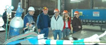 Eseverri visitó una empresa local que instaló tecnología de punta