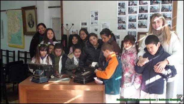 Los alumnos de la Escuela de Educación Nº 504 visitaron el Archivo Histórico Municipal