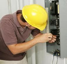 Radio Olavarría y un programa especial por el Día del Electricista