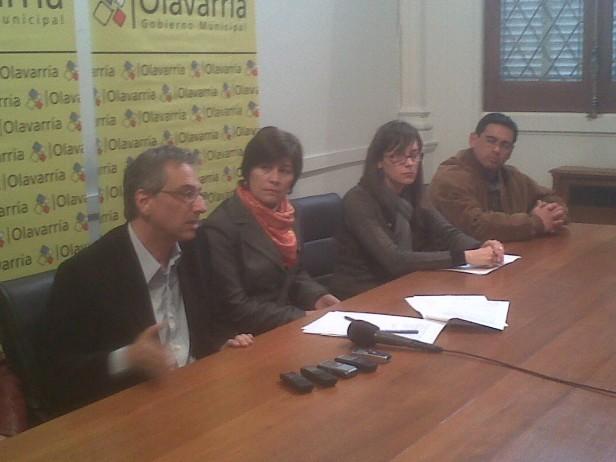 """Loma de Paz: El municipio formalizó el convenio de administración con los empleados y """"para la gente no cambia nada"""""""
