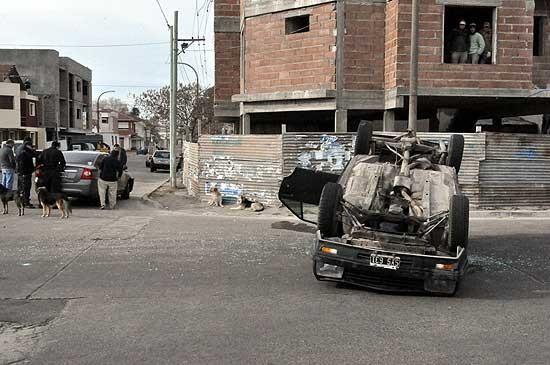 Impactante vuelco en Pueblo Nuevo