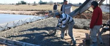 Continúan los trabajos de pavimentación en el PIO V