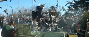 """Alvear: suelta de palomas premio """"143º Aniversario de General Alvear"""""""
