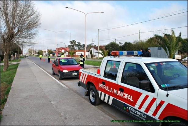 El Gobierno Municipal realiza controles de tránsito en Sierra Chica, Hinojo y Colonia Hinojo