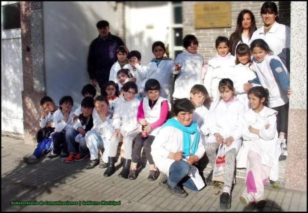 """Los chicos de la Escuela Nº57 """"Dámaso Arce"""" visitaron el Archivo Histórico Municipal"""