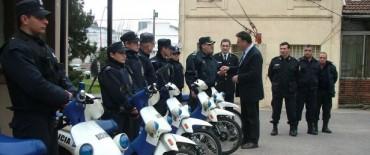 Azul: Llegaron cinco nuevas motos para la prevención del delito