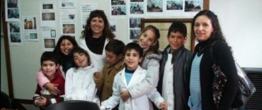 Los chicos de Durañona y Pourtalé visitaron el Archivo Histórico Municipal