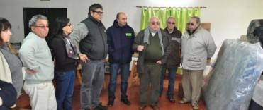 La Federación de Sociedades de Fomento y el Gobierno Municipal entregaron las donaciones para los afectados por las lluvias