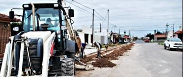 Liberación al Servicio Público de Cloacas en Municipales, Los Robles, Novios y Abuelos