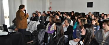 Exitosa capacitación en comercio exterior para emprendedores locales