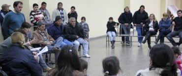 Azul: reunión con vecinos del barrio San Martín de Porres