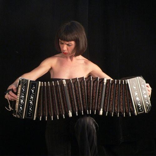 Espectáculo de tango con Carla Algeri en el Salón Rivadavia