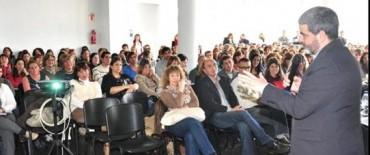 Gran interés por la conferencia del Lic. Fernando Osorio en la Casa del Bicentenario