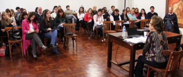 Azul: se están dictando cursos de capacitación para los empleados municipales
