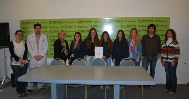 """Los alumnos de la Escuela """"Adolfo Pérez Esquivel"""" recibieron el premio del concurso """"Jóvenes Promotores de la Salud"""""""