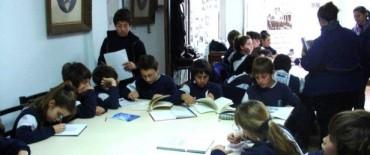 Alumnos del Colegio Libertas visitaron el Archivo Histórico Municipal