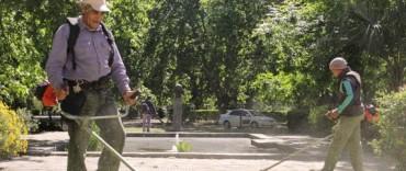 Azul: mantenimiento de espacios públicos