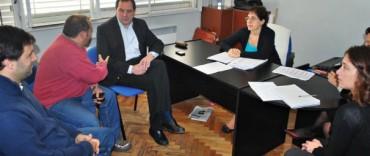 Primera reunión de trabajo para iniciar el control de ruidos molestos y gases contaminantes